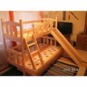 Dětská patrová postel z masivu se skluzavkou 3
